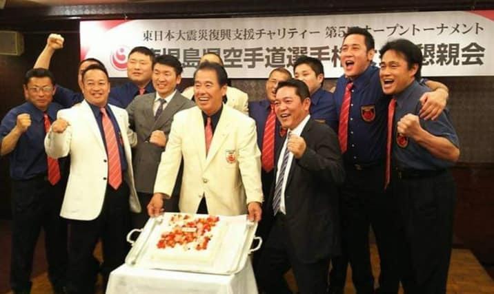晩酌仲間が、四国大会を応援してくれる徳ちゃんの店「羅漢」に集結。_c0186691_12590397.jpg