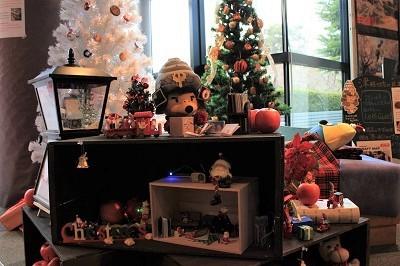 弘前の工芸品クリスマスツリーでお出迎え☆_d0131668_14102964.jpg