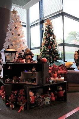 弘前の工芸品クリスマスツリーでお出迎え☆_d0131668_14111130.jpg