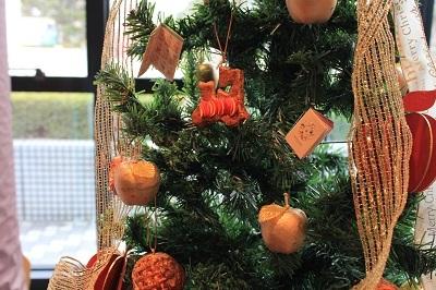 弘前の工芸品クリスマスツリーでお出迎え☆_d0131668_14132470.jpg