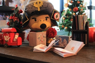 弘前の工芸品クリスマスツリーでお出迎え☆_d0131668_14201631.jpg