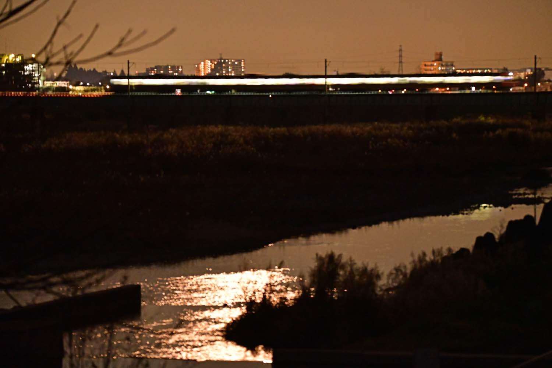 八高線・多摩川鉄橋の夜_f0173596_21590906.jpg