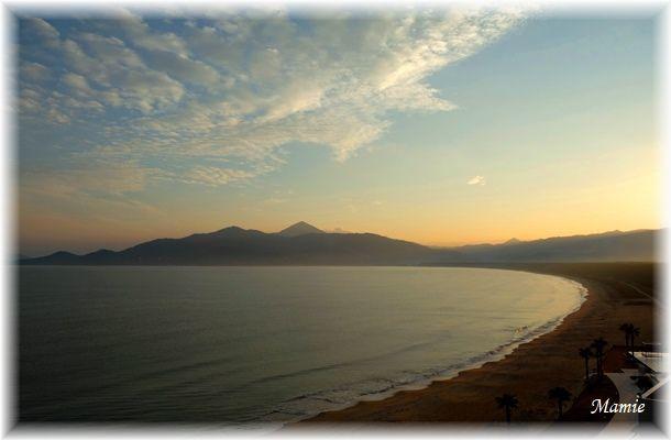 海辺の朝散歩 GTK⑦_d0387712_14334100.jpg