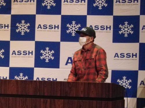 雪崩講習会を受けてきました~。_a0353718_08543648.jpg