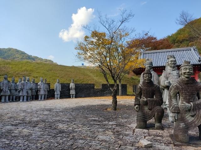 Go to弾丸ツアー:④平和公園vol.2~ 兵馬俑からのパビリオンじゃない寺~_d0137326_15393552.jpg