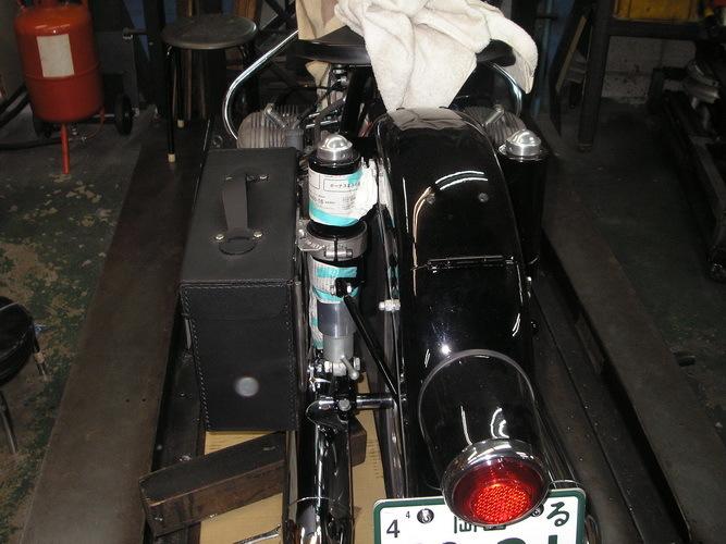 BMW  R50/2  軽整備とサイドバックの取り付け_e0218639_16191092.jpg