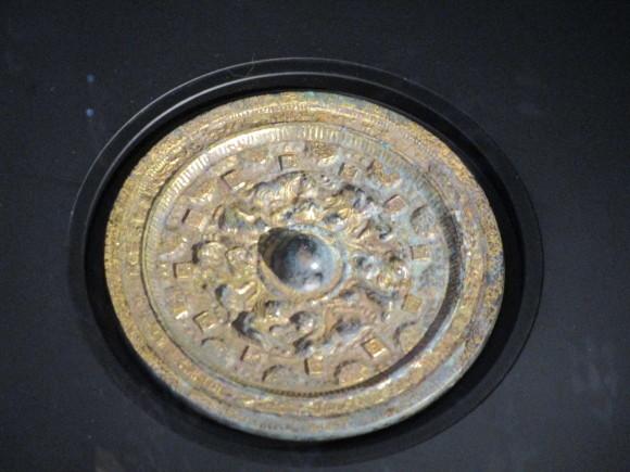 熊本県立博物館には鍍金された神獣鏡がある_a0237545_21011624.jpg