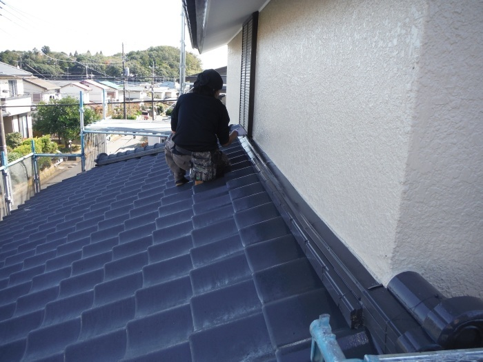 屋根、外壁塗り替えとメンテナンス ~ 細かい箇所の仕上げ。 _d0165368_03301308.jpg