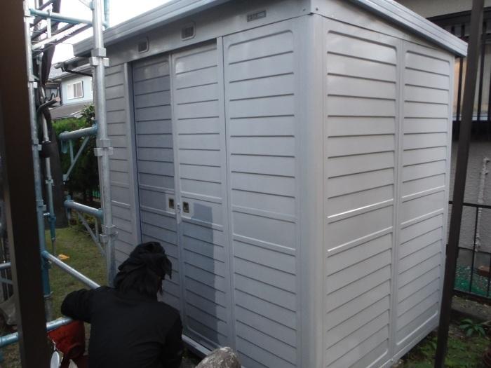 屋根、外壁塗り替えとメンテナンス ~ 細かい箇所の仕上げ。 _d0165368_03304200.jpg