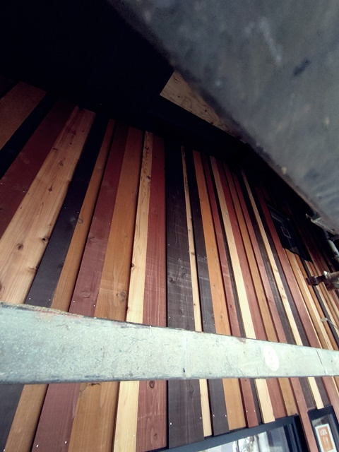 廃材を建築の外壁に!_a0076877_16242564.jpg