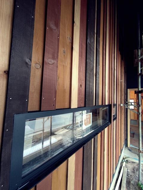 廃材を建築の外壁に!_a0076877_16242763.jpg