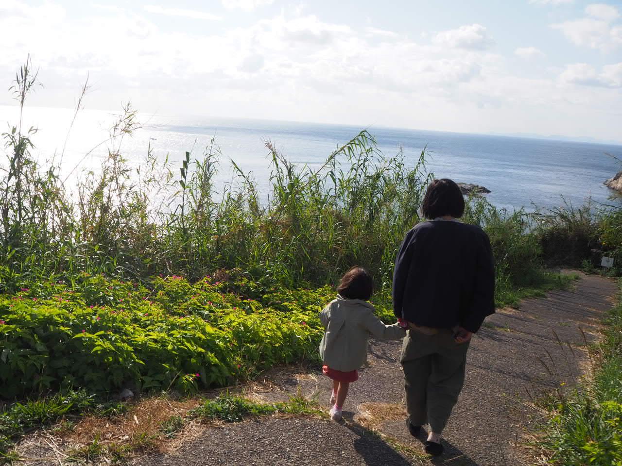 沼島にやってきたでいでいガール_f0370091_21081798.jpg