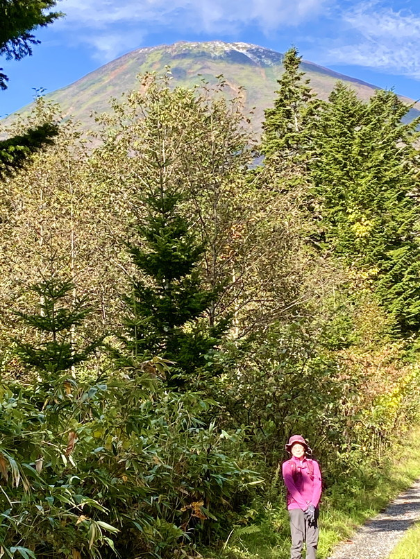 """2020年10月 『秋の羊蹄山、女心と秋の空』 October 2020 \""""Mt Yotei in the Autumn\""""_c0219616_12115452.jpg"""
