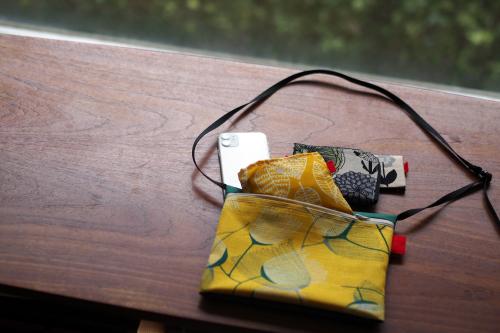 今年のgift setは「sacoche & ecobag nylon」_e0243765_16404553.jpg