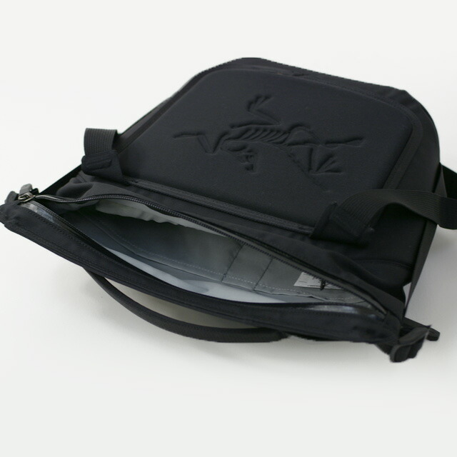 ARC\'TERYX [アークテリクス正規代理店] Arro 8 Shoulder Bag [24019] アロー8 ショルダーバッグ・ボディーバッグ・MEN\'S/LADY\'S_f0051306_17164060.jpg