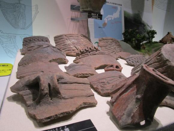 熊本県立博物館のテーマは何かな・本日、縄文土器の紹介_a0237545_11150721.jpg