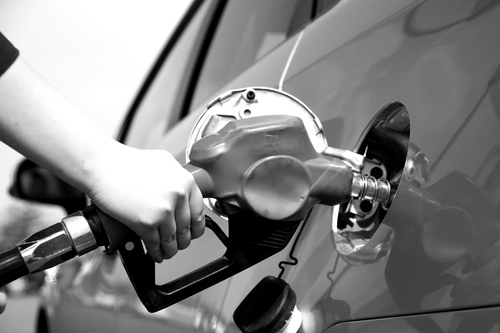 2030年代半ばでガソリン車が消えるのか 12月5日_f0113639_13250332.jpg