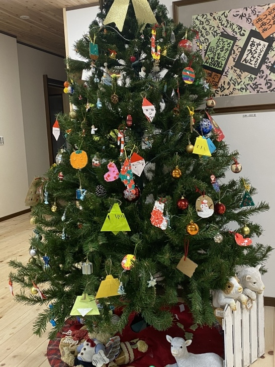 クリスマスツリー オーナメント😃_f0065444_17382807.jpeg