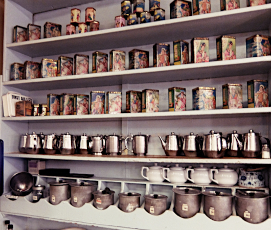 1920年創業、NY最古の飲茶屋さん、Nom Wah Tea Parlor(南華茶室)_b0007805_01475229.jpg