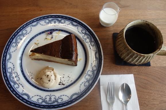 qihoさんでスープランチ&チーズケーキ_e0230011_17205020.jpg