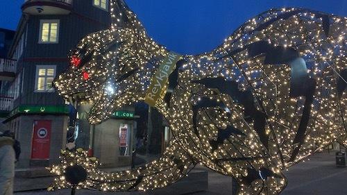 クリスマスらしくなってきたレイキャビク_c0003620_09492917.jpeg