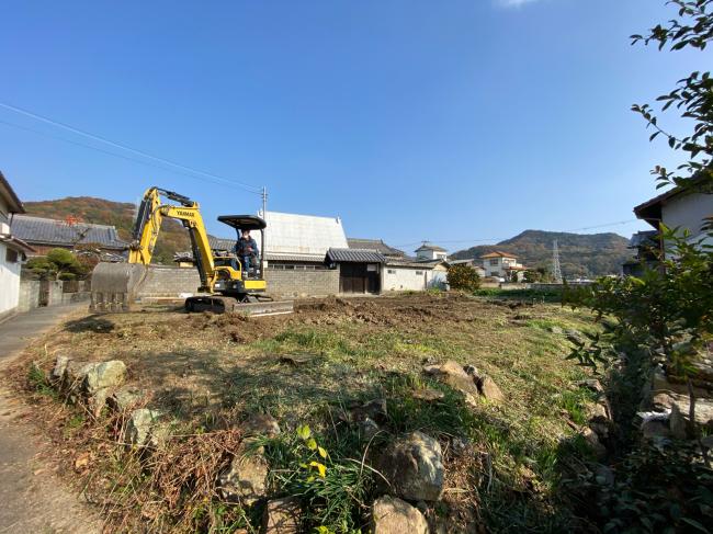 農地転用に向けて造成工事中_f0115152_15421454.jpg