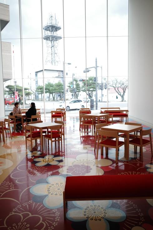 Go to トラベル in 青森県 その13 ~ 十和田市現代美術館_a0287336_21375603.jpg