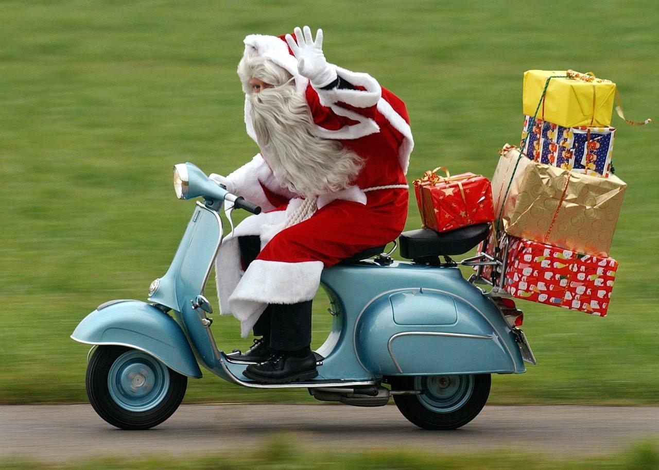 クリスマスプレゼントは?_b0163075_12311758.jpg