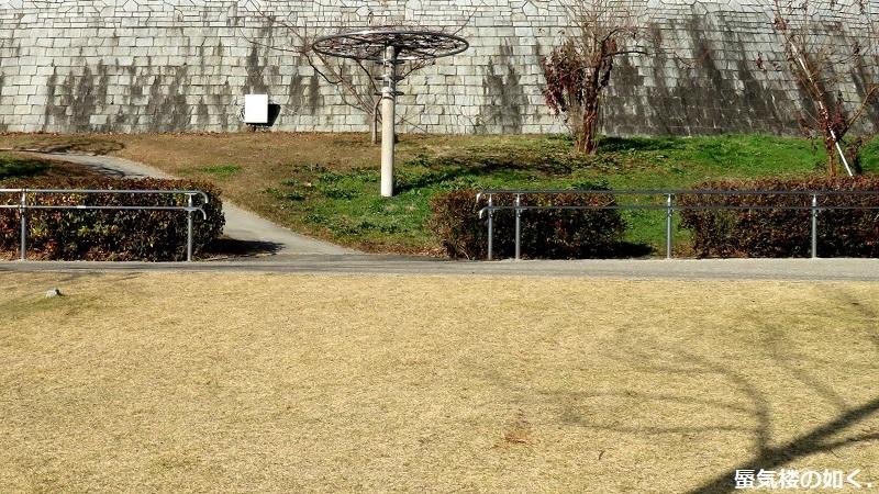 「神様になった日」舞台探訪007 第07話「映画撮影の日」山梨市笛吹川フルーツ公園_e0304702_09303132.jpg