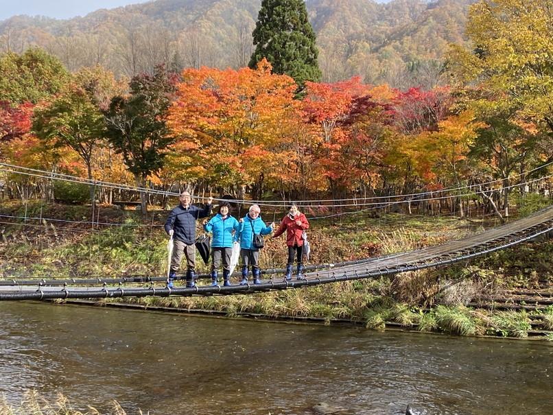"""2020年10月 『友と歩く錦秋の北海道』 October 2020 \""""Alumni in the Autumn Hokkaido\""""_c0219616_17385988.jpg"""