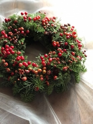 クリスマスリース作ってまーす_b0328590_11574185.jpg