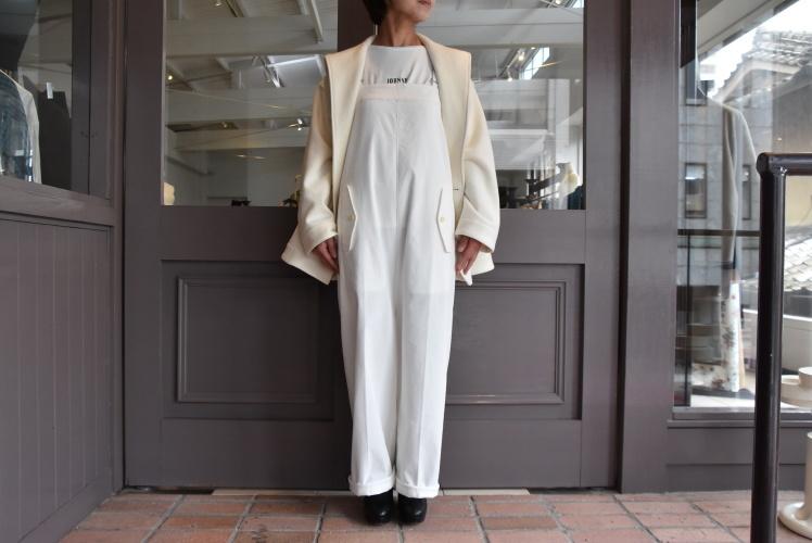 寒い季節にこそ着たい白いお洋服_e0127399_13222614.jpg