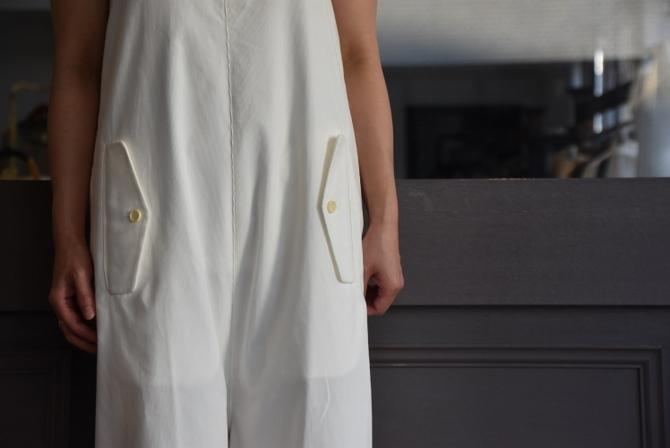 寒い季節にこそ着たい白いお洋服_e0127399_13240212.jpg