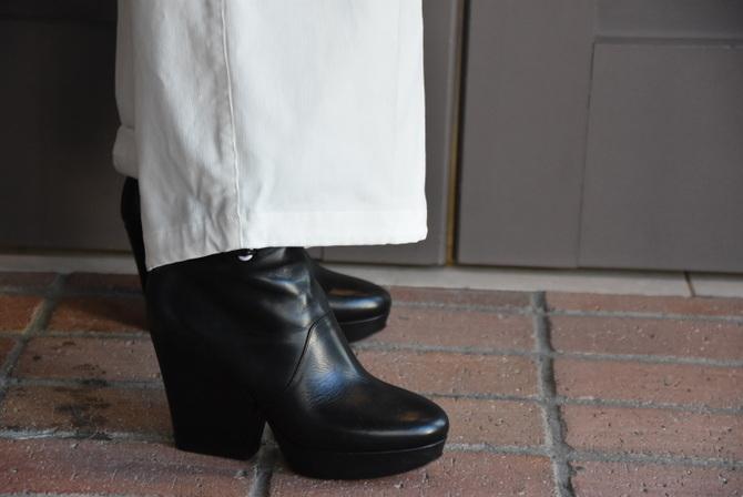 寒い季節にこそ着たい白いお洋服_e0127399_13255246.jpg
