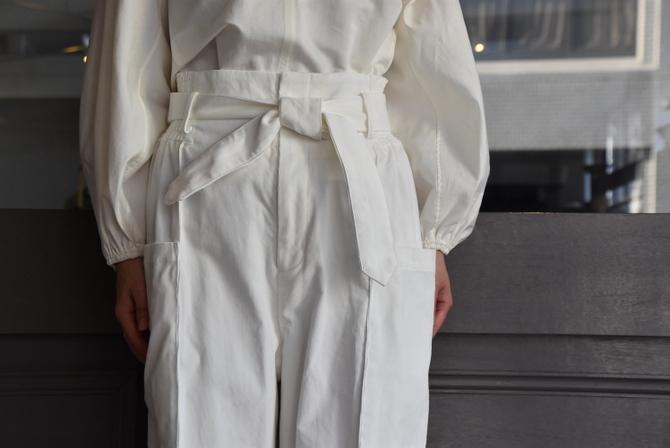 寒い季節にこそ着たい白いお洋服_e0127399_13285039.jpg