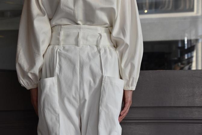 寒い季節にこそ着たい白いお洋服_e0127399_13295791.jpg