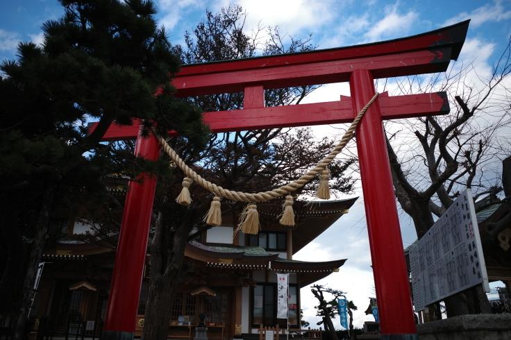 Go to トラベル in 青森県 その15 ~ 蕪嶋神社  蕪島物産販売施設 かぶーにゃ_a0287336_20433163.jpg