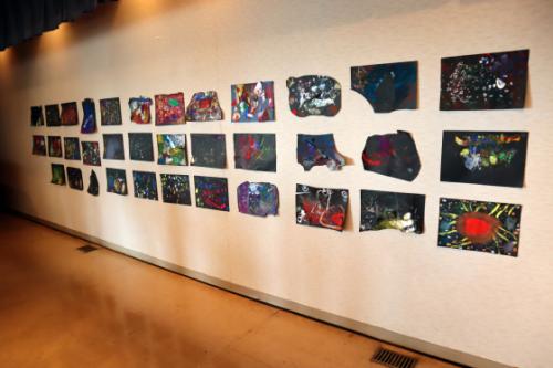 やと子ども美術教室 ~ 宇宙を描く ~_e0222340_13564778.jpg