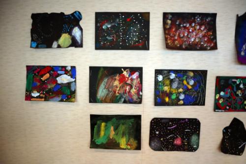 やと子ども美術教室 ~ 宇宙を描く ~_e0222340_13565978.jpg