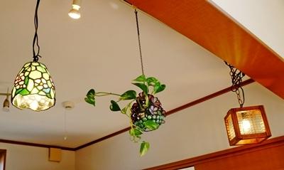 パッチワークとステンドグラスと木工品が素敵な生徒さんのお宅。_b0194861_11241619.jpg