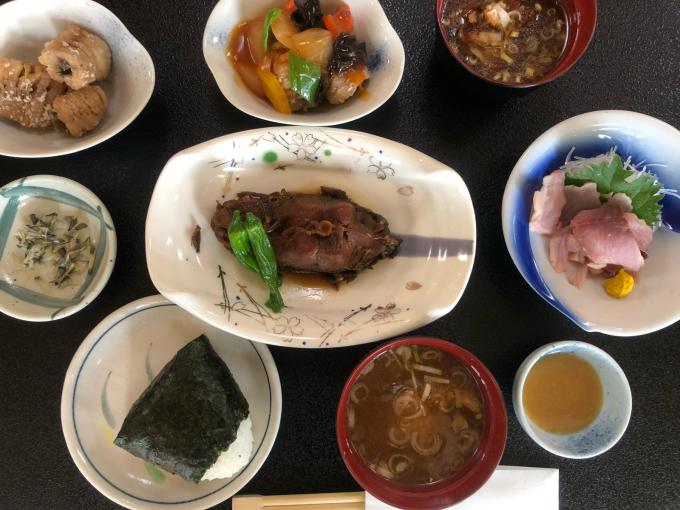 牧小5年生のコイ料理体験_d0182179_08401263.jpg