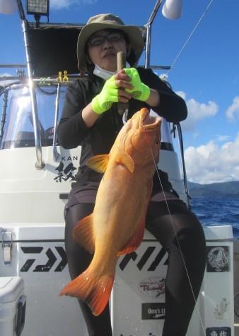 お正月用に高級魚を釣ろう!款璽丸_c0203337_21382639.jpg