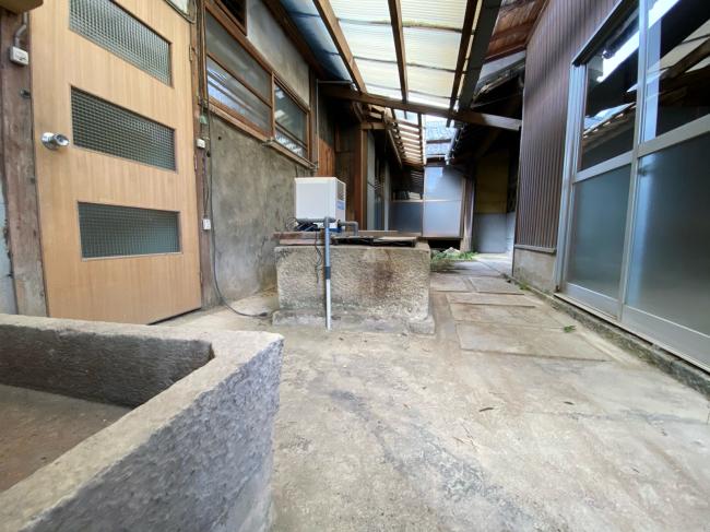 兵庫県古民家物件、平屋建、蔵付、駐車場8台付_f0115152_17103086.jpg