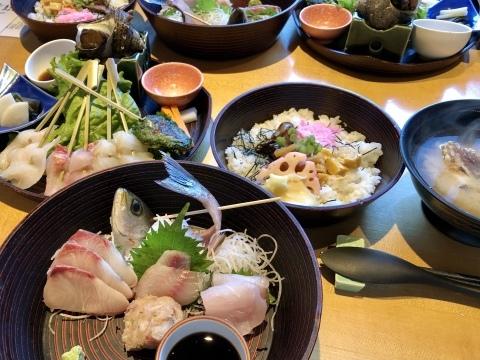 鋸山と炙り海鮮丼_f0363961_12293443.jpeg