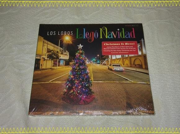 LOS LOBOS / Llego Navidad_b0042308_17594096.jpg
