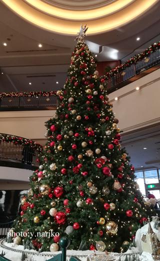 バラのラウンドブーケ ウェスティンホテル東京さんへ_b0113510_10244834.jpg