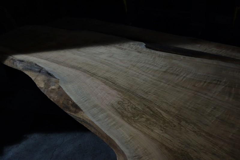 一枚板 木材倉庫_e0156341_08414737.jpg