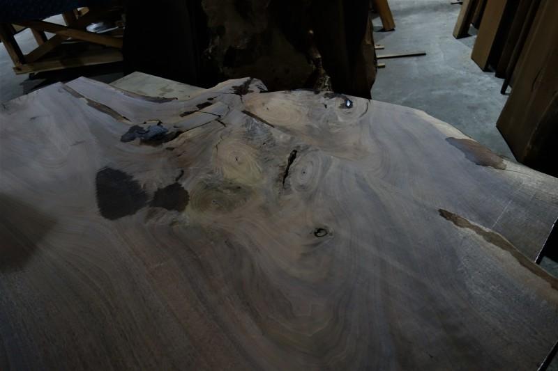 一枚板 木材倉庫_e0156341_09070363.jpg