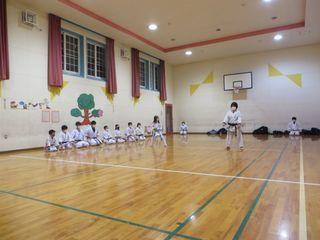 水曜空手 新発寒教室 稽古納め!_c0118332_00300642.jpg