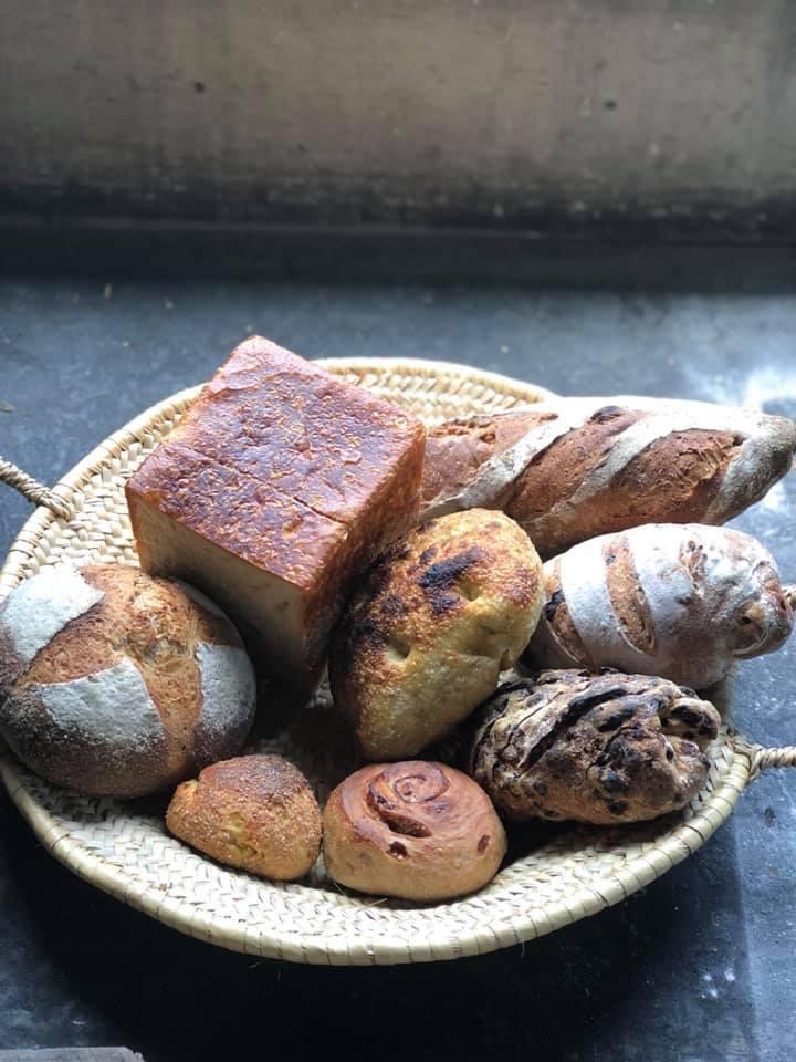 明日は今年最後の沖縄・宗像堂さんのパンの日_d0116009_14135592.jpg